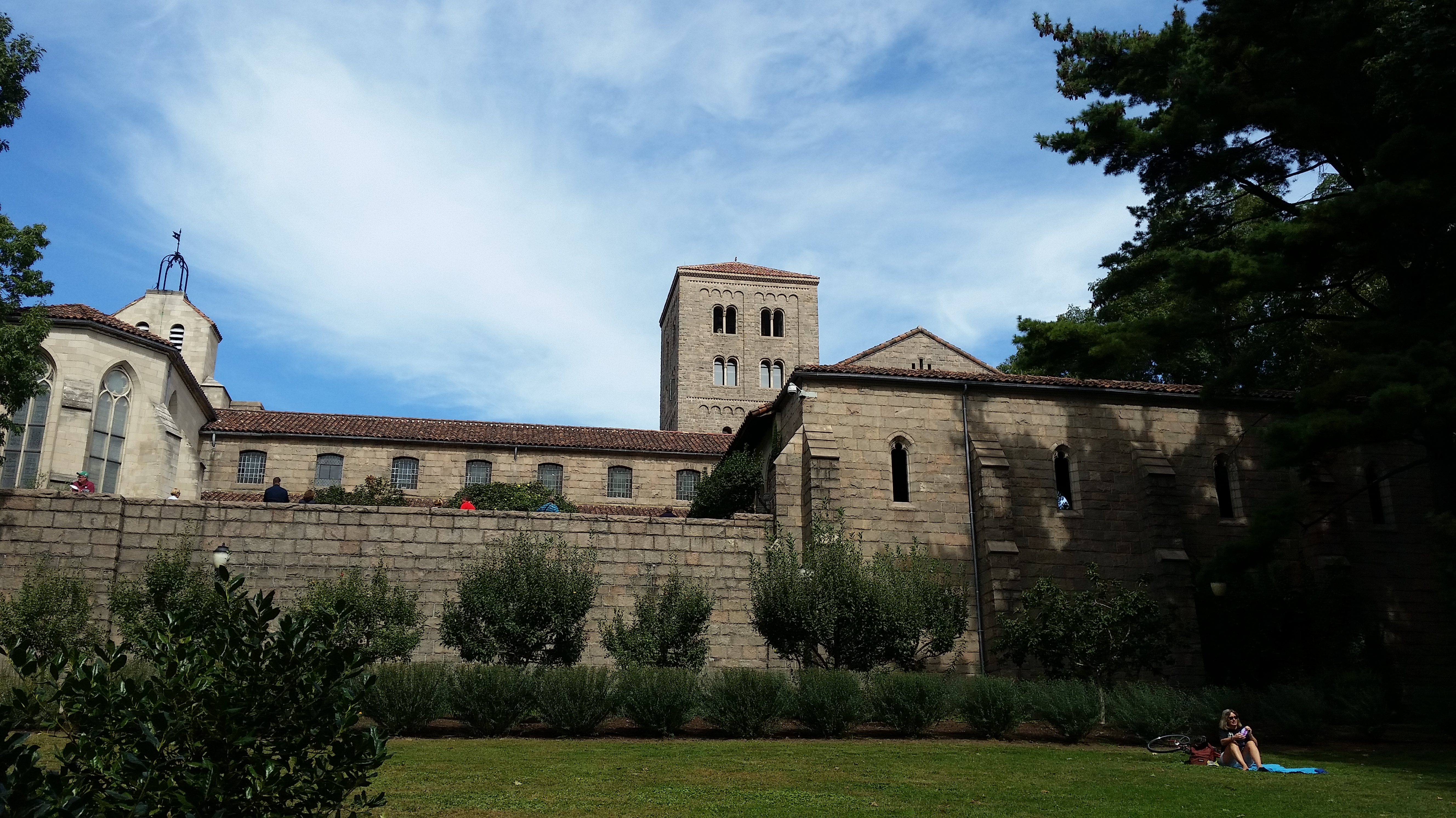 how to get to the cloisters from the met